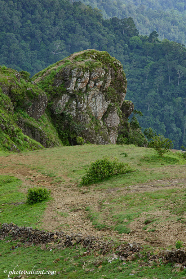 Eagle shaped rock of Parunthumpara
