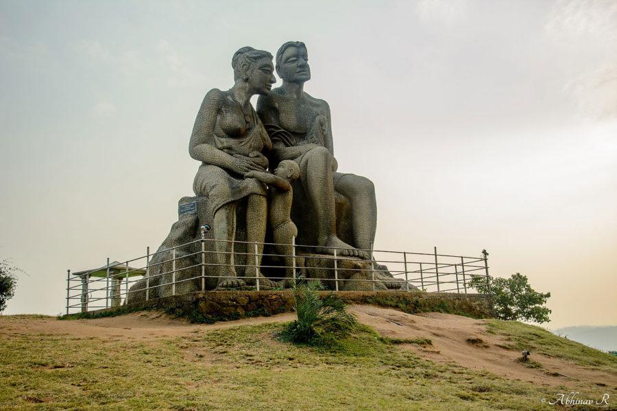 Ramakkalmedu Kuravan and Kurathi Statue